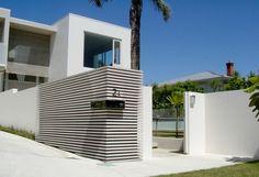 contemporary garden feature wall - Google Search