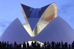 Valencia Opera House by architect Santiago Calatrava in Valencia, Spain. This is an awe inspiring work of art and architecture. Architecture Design, Futuristic Architecture, Beautiful Architecture, Contemporary Architecture, Online Architecture, Chinese Architecture, Architecture Office, Unusual Buildings, Interesting Buildings