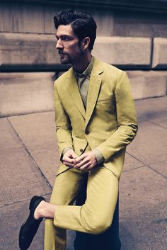50 shades of yellow // menswear suit style + fashion