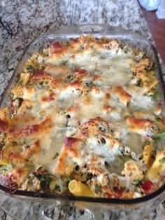 In My Shoes: Shopping Chicken Spinach Bake. Joel liked it even with spinach. Made with whole wheat pasta. Casserole Dishes, Casserole Recipes, Chicken Casserole, Spinach Casserole, Pasta Casserole, Great Recipes, Dinner Recipes, Favorite Recipes, Dinner Ideas
