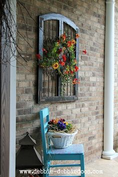 Check out this Thrifty chair makeover for seasonal porch. Make a fun and very inexpensive welcome! The post Thrifty chair makeover for seasonal porch. Make a fun and very inexpensive welco… appeare . Outdoor Walls, Outdoor Living, Outdoor Wall Art, Outdoor Wall Planters, Concrete Planters, Outdoor Rooms, Vintage Windows, Chair Makeover, Door Makeover