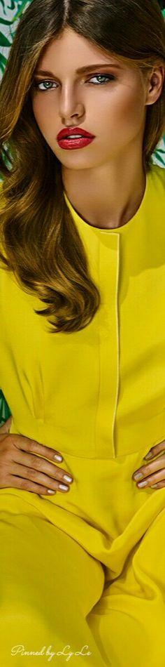 A&E Magazine by Adam Hill – Fashion Editorial Dubai 2016 Mellow Yellow, Bright Yellow, Orange Yellow, Black N Yellow, Yellow Fashion, Love Fashion, Jaune Orange, Shades Of Yellow, Pantone Color