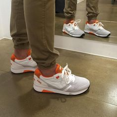 """Ciento-Siete en Instagram: """"Zapatillas DIADORA N9000!!! Ya las puedes conseguir en #cientosiete107 #diadora #sneakers #urbanstyle #streetwear #ourense #sneakerholics"""""""