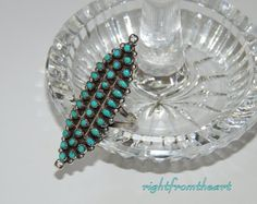 VINTAGE Turquoise Ring ~ Petit Point - Snake Eye ~ Sterling Silver ~ Size 6.75 - 7