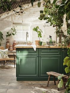 Ikea spring 2020 new furniture and decoration collection - PLANETE DECO a homes world Outdoor Kitchen Design, Kitchen Remodel, Kitchen Design, Outdoor Kitchen Cabinets, Dark Green Kitchen, New Kitchen, Kitchen Interior, Kitchen Layout, Kitchen Style