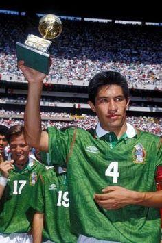 """Ignacio """"Nacho"""" Ambriz Capitán del Necaxa y de la Selección de México. Lastima.... lo van a """"quemar"""" como Director Técnico en el América... y los """"jugadores"""" le harán la """"camita""""....  Cuídate Nachito ...!!!!!!"""