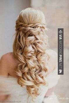 So neat! - Curls are everywhere at the moment, and it's no different on the wedding scene. | CHECK OUT SOME AWESOME PICTURES OF NEW WEDDING HAIRSTYLES 2016 HERE AT WEDDINGPINS.NET | #weddinghairstyles2016 #weddinghairstyles #weddinghair #2016 #weddings #weddingvows #vows #tradition #nontraditional #events #forweddings #iloveweddings #romance #beauty #planners #fashion #weddingphotos #weddingpictures