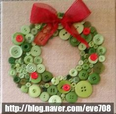 Get in the holiday spirit with these fun Christmas crafts for kids and adults. You can sell these crafts, give them as gifts or use them as Christmas decor. Kids Crafts, Felt Crafts Diy, Crafts For Seniors, Wreath Crafts, Easy Crafts, Christmas Crafts For Toddlers, Christmas Crafts For Kids, Simple Christmas, Holiday Crafts