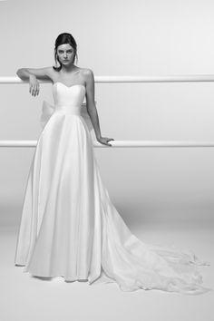 adf132a89908 Alessandra Rinaudo Wedding Dress 2019 - Wedding Dress Inspiration   weddingdress  weddinggown  weddingdresses