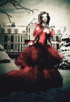 white fairytale love ball natalia | baile do conto de fadas de amor branco