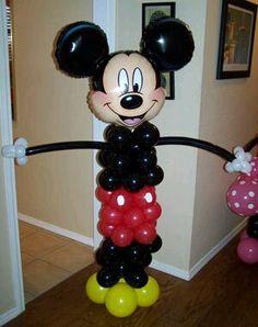 más y más manualidades: Columnas de globos con tema de Mickey/Minnie Mouse                                                                                                                                                      Más