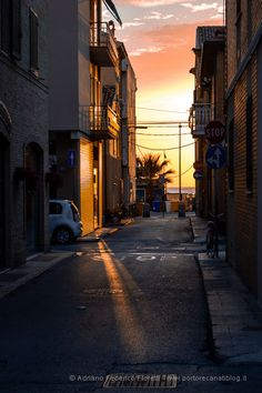905e994c2b2 90 fantastiche immagini su Porto Recanati Turismo