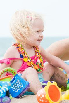 A las mujeres que llevan bikini delante de mis hijas