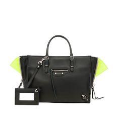Balenciaga Papier ZA Handbag for Women - Discover the latest collection at the official Balenciaga online store.
