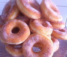 Beignets, Cakepops, Doughnuts, Mousse, Cravings, Cupcakes, Bread, Baking, Desserts