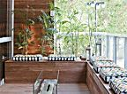 Galeria com 13 projetos de varanda gourmet assinadas por profissionais do CasaPRO