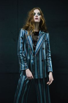 084bc19f4733 Discover the new Emporio Armani Women collection and shop the official  online Armani store.