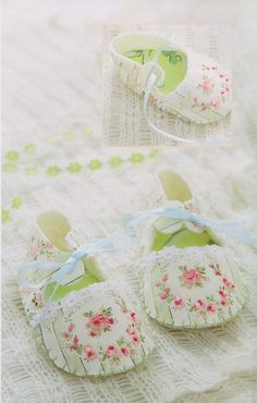 baby shoes slipper fabric art gift design quilt by cutehousewife, $3.50