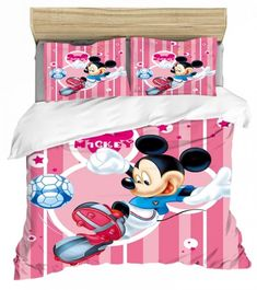 MICKEY PLAYING SOCCER MOUSE FULL SIZE DUVET COVER WITH TWO PILLOW CASES 3 PC SET Minnie Mouse Bedding, Disney Bedding, Mickey Minnie Mouse, Full Size Duvet Cover, Throw Pillow Cases, Throw Pillows, Kids Bedding Sets, Soo Jin, Kids Blankets