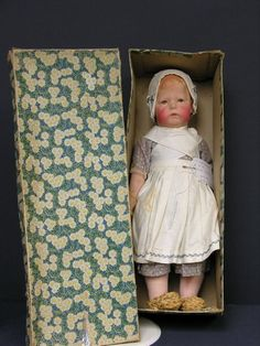 902: 17 INCH KATHE KRUSE DOLL MIB : Lot 902