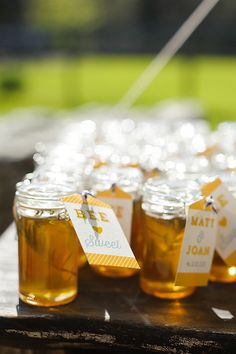 honey favors | Soli Photography #wedding