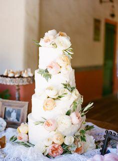 Pretty wedding cake. Peonies.