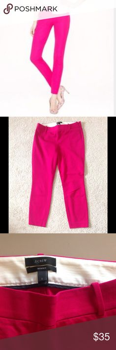 "J. Crew Minnie Pretty J. Crew Minnie pant in magenta. Stretchy ankle pants with side zipper Size 2 Inseam 26"" J. Crew Pants Ankle & Cropped"