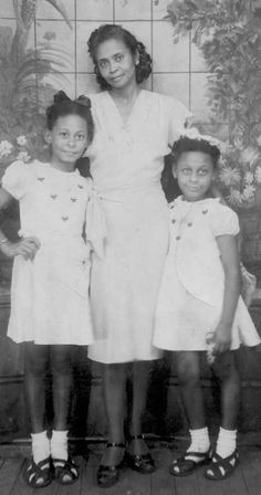 Come on in and learn something new, Read about the forgotten Creole culture of America. Home brewed mixture of African, French, Spanish, and Native American. African American Women, African Americans, American Children, Creole People, French Creole, Vintage Black Glamour, Vintage Beauty, American Photo, African Diaspora