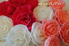 Crepe Paper Peonies Tutorial by Dear Lillie Paper Peonies, Crepe Paper Flowers, Paper Roses, Fabric Flowers, Streamer Flowers, Streamers, Diy Paper, Paper Crafts, Diy Crafts