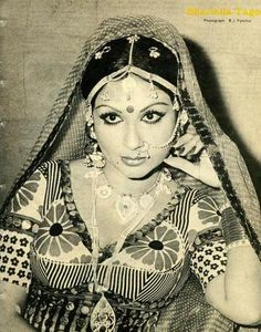 Once upon a time. Indian Celebrities, Bollywood Celebrities, Hot Actresses, Indian Actresses, Bollywood Makeup, Sharmila Tagore, Indian Goddess, Indian Star, Vintage India