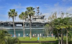 USS John C. Stennis enters Joint Base Pearl Harbor-Hickam.