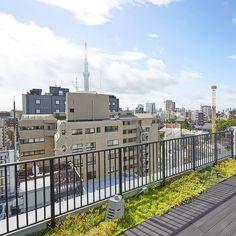 浅草のロペス (@lopez_hotelmondayasakusa) • Instagram photos and videos Tokyo Skytree, Deck, Photo And Video, Videos, Outdoor Decor, Photos, Instagram, Home Decor, Pictures