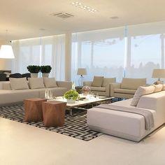 Espaço clean e belo que encontrei no @casa_casada. Simplesmente encantada com tudo o que encontro por lá! Minha amiga Duda arrasa! Amo Snap: hi.homeidea http://ift.tt/23aANCi #bloghomeidea #olioliteam #arquitetura #ambiente #archdecor #archdesign #hi #cozinha #homestyle #home #homedecor #pontodecor #homedesign #photooftheday #love #interiordesign #interiores #picoftheday #decoration #world #lovedecor #architecture #archlovers #inspiration #project #regram #canalolioli #quartocasal