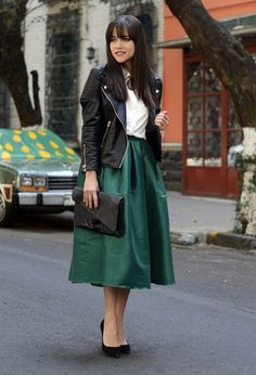 Spring 2014 Fashion Trends | Camel and forest green: Simply irresistible! Stylish, trendy, elegant! Camel is the color worn in every season, so peek in your wardrobe, you have something in this color for sure.