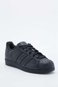 Adidas Superstar All Black Trainer //