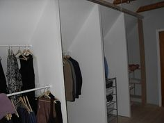 Garderobssektioner under snedtak