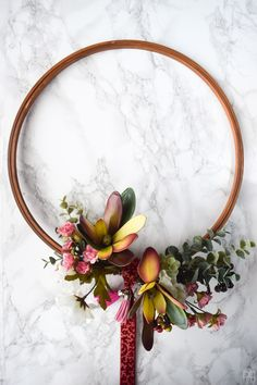 It's September 1st! Queue the falling leaves and PSLs, and of course my fall wreath! Using moody hues and a hint of some dusty rose I've made THE wreath.