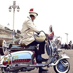 Brighton mod weekender (Dominic Hinde Photo) Tags: original colour classic fashion vintage design clothing cool mod 60s skins brighton vespa weekend vibrant deluxe smoke style scooter rimini retro lambretta chrome scooters british scootering rockers mods modernist weekender crome skinheads the subculture scooterists tv175 2013 ulma vigano raydot scootographer thescootographer brightonmodweekender2013 glasgowraife