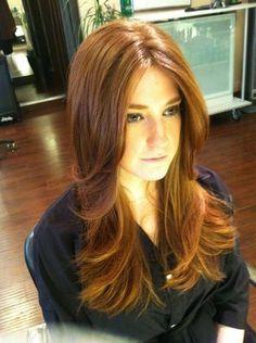 Para más de moda y tendencias vidita el blog que además te asesora con tu  imagen · Middle PartsMiddle Part BangsLong Hair CutsLong Layered ...