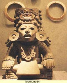 Teotihuacán, que era la ciudad más importante y más grande de pre-azteca del centro de México, ubicada a unos 30 kilómetros al noreste de la actual ciudad de México. En su altura (alrededor de 500 dC), que abarca unos 20 kilómetros cuadrados y con el apoyo de una población estimada en 200.000 personas, lo que lo convierte en el momento, una de las ciudades más grandes del mundo. Su idioma es desconocido, su origen étnico parece ser olmeca.