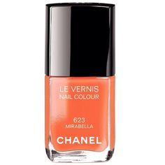 Bom dia!! A #bestbronze está in love por esse esmalte da Chanel! Realça qualquer bronze... Vocês gostam?? #bestbronzebeautytips #bestbronzeloves #bronzeamento #autobronzeador #bronzeadonatural #bronzesemsol