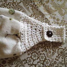 Ravelry: Towel Topper pattern by Teresa Richardson Crochet Dish Towels, Crochet Kitchen Towels, Fingerless Gloves, Arm Warmers, Crochet Projects, Ravelry, Sewing, Knitting, Pattern