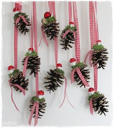 """Anita von Grinsestern gave us a tutorial for a """"Little White Girl"""" … - Home Page Christmas Makes, Christmas Crafts For Kids, Xmas Crafts, Rustic Christmas, Christmas Projects, Christmas Time, Christmas Wreaths, Christmas Gifts, Christmas Decorations"""
