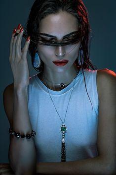 Precious Gems | Cidade Jardim Magazine S/S 2014 |  Lary Arcanjo poses for Karine Basilio with bold lips and fancy jewels.