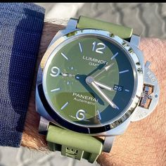 Congrats to my good buddy on his new pickup. The MS Dhoni Limited Edition GMT with green dial. Wooden Watches For Men, Luxury Watches For Men, Panerai Watches, Men's Watches, New Pickup, Luminor Marina, Good Buddy, Gold Hands, I Am Awesome