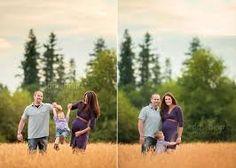 maternity pics in a field - Google Search