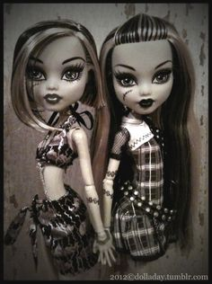 monochrome #MonsterHigh
