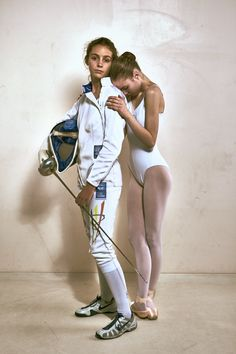 The Fencer and Dancer. Just like my Daughter. One influencing the other ❤Fencer : Aube Vandingenen Fotografie : Andy Eeckhout