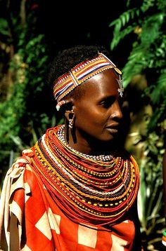 Maasai Tribe Jewelry | tribeswoman, Masai villager at Samburu, tribal necklace, bead jewelry ...