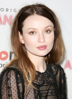 April 06 - 'American Gods' UK TV premiere in London - Emily Browning 28129~0 - Emily Browning Online   Gallery   Your Original Emily Resource